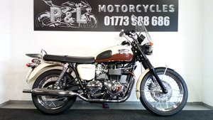 2011 Triumph Bonneville T100 Limited Edition Stunning For Sale