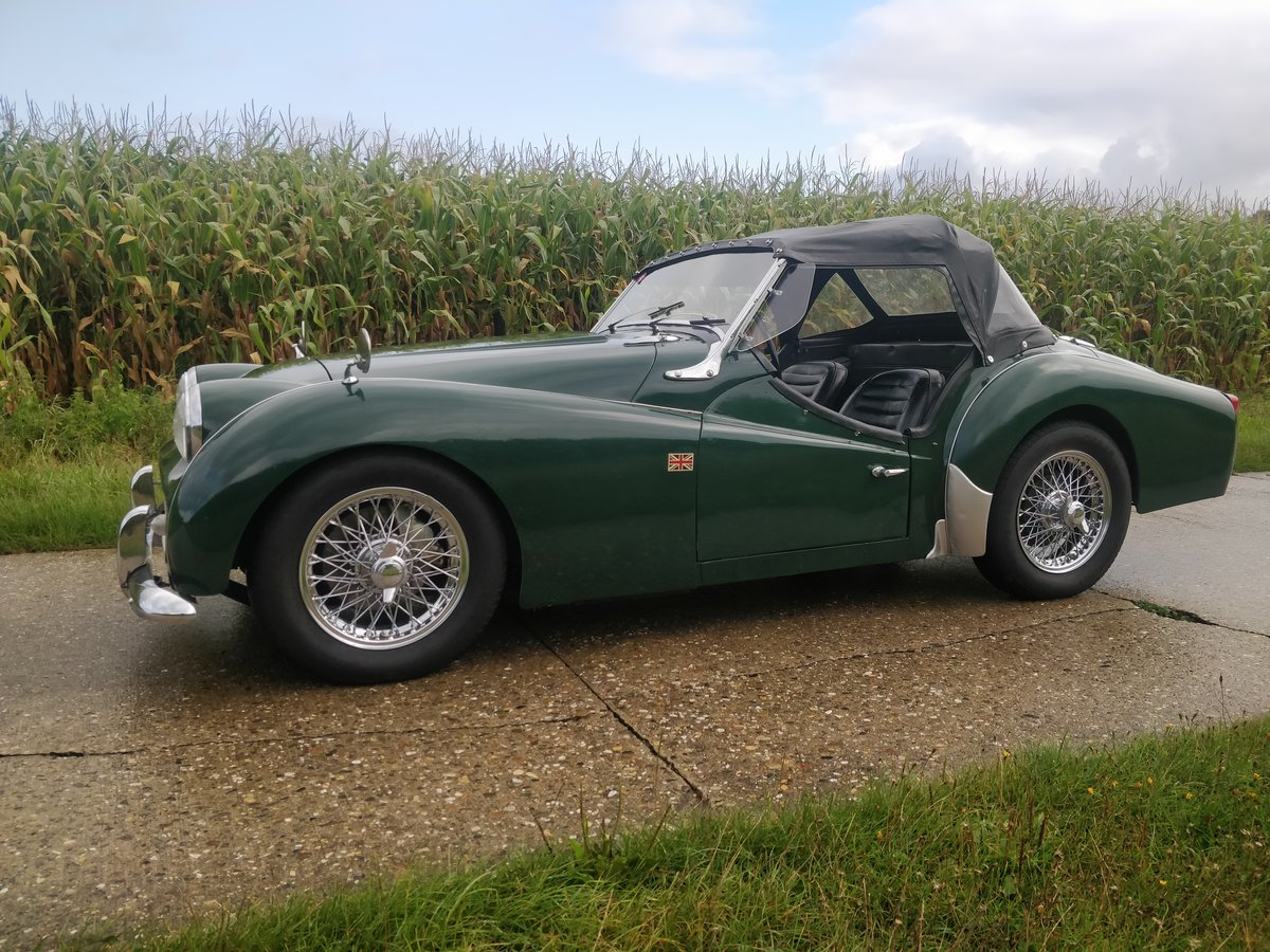 1962 Triumph TR3A '62 BRG SOLD (picture 1 of 6)
