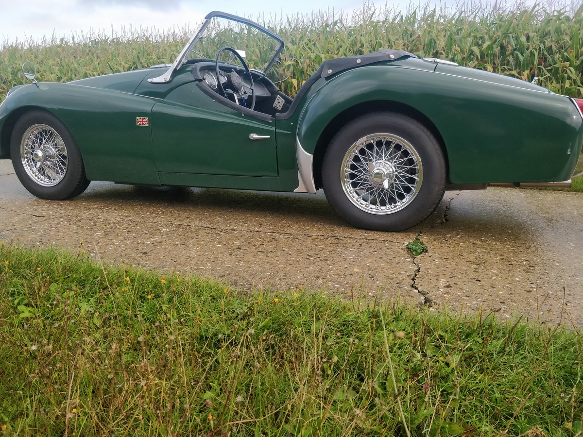 1962 Triumph TR3A '62 BRG SOLD (picture 5 of 6)