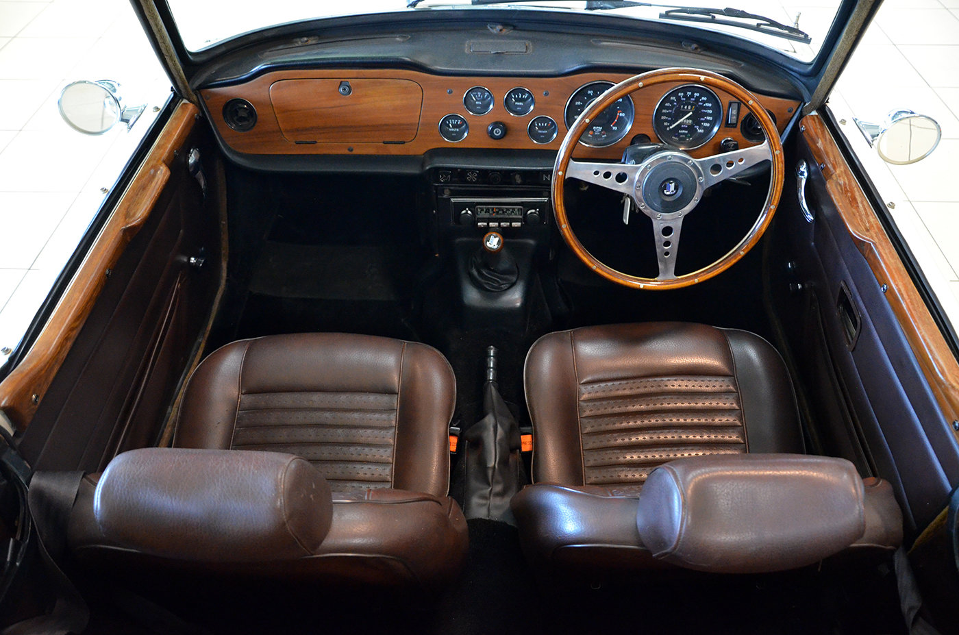1973 Triumph TR6 - RHD - Superb + Hard top For Sale (picture 5 of 6)