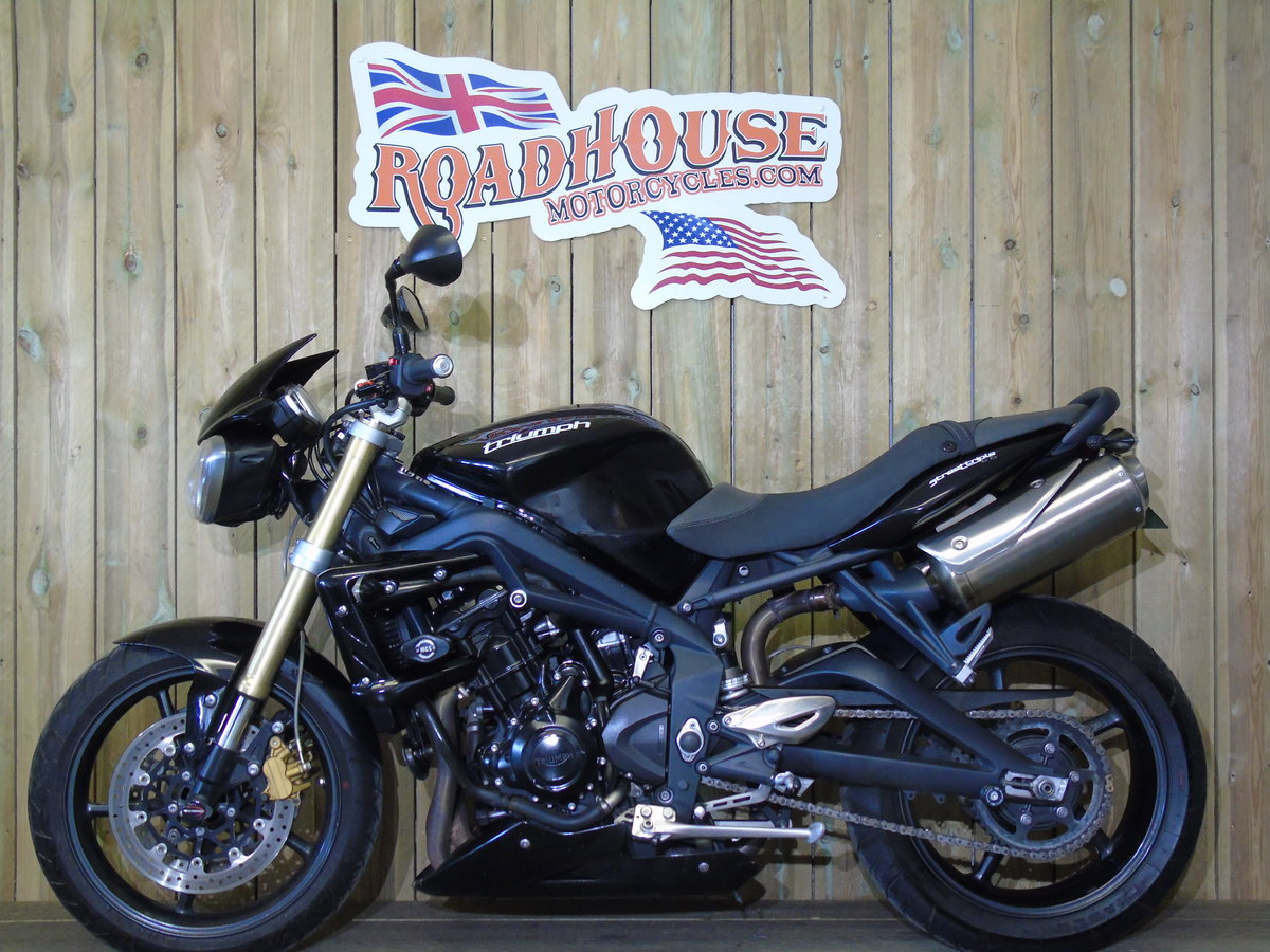 Triumph Street Triple 2013 Only 8000 Miles From New For Sale (picture 2 of 6)