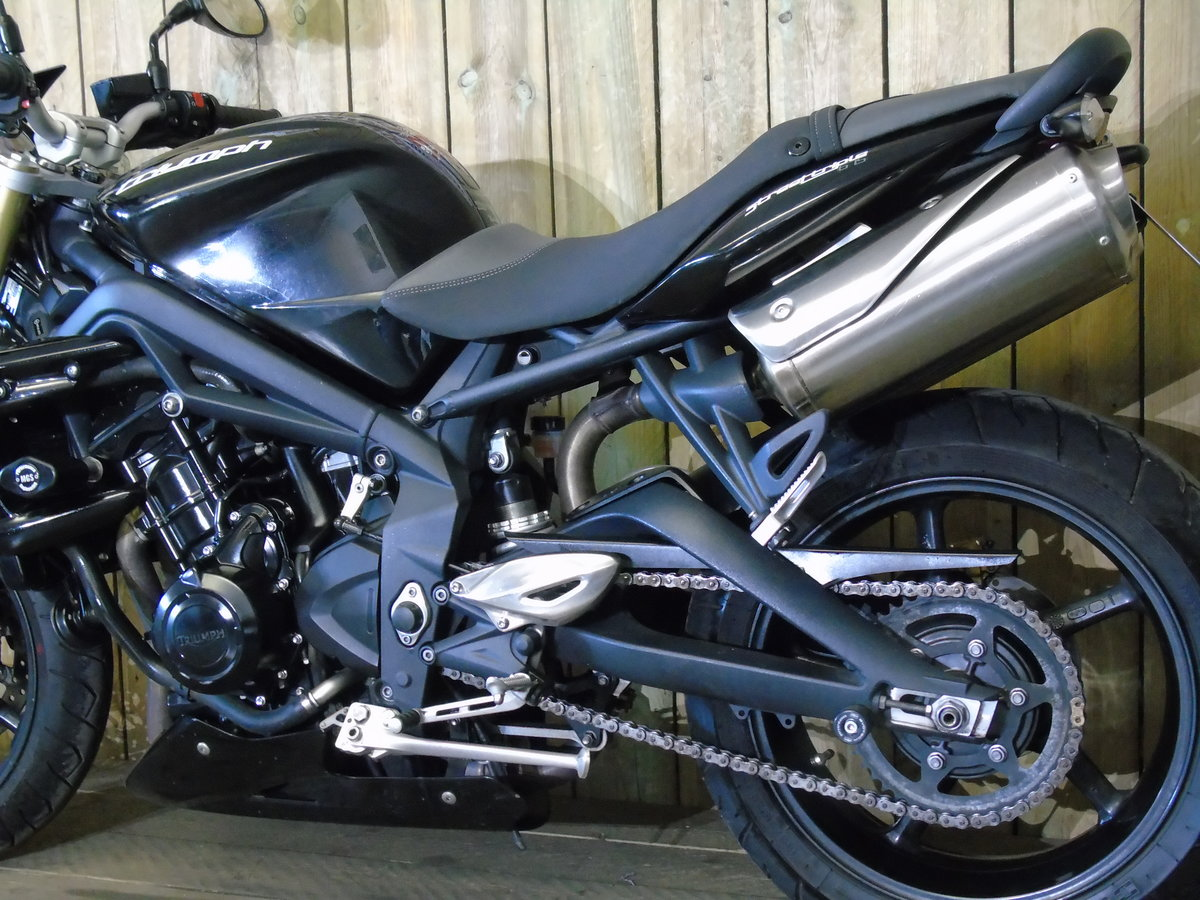 Triumph Street Triple 2013 Only 8000 Miles From New For Sale (picture 6 of 6)