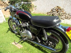 1977 Triumph bonneville T140 V For Sale