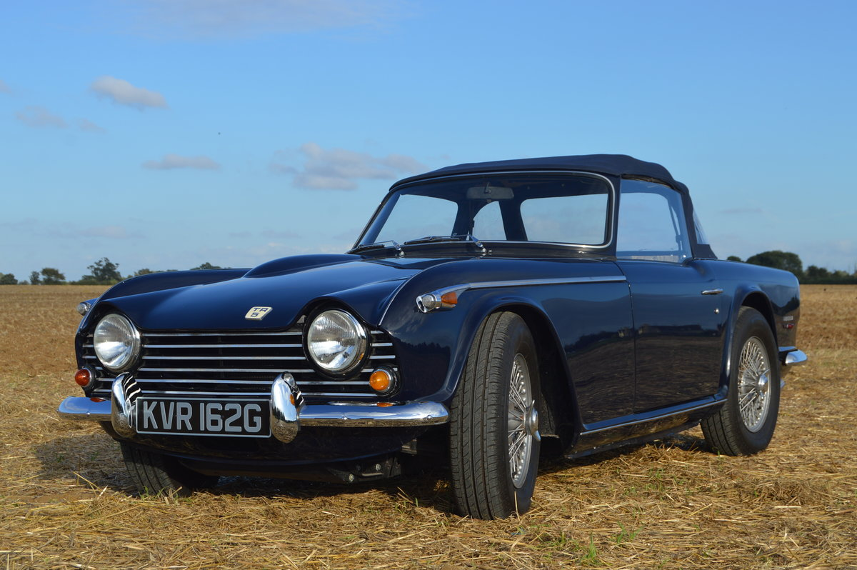 1968 Triumph TR5 2.5L with Lucas Mechanical Fuel Injection For Sale (picture 1 of 6)
