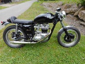 1971 Triumph T120 Bonneville Cafe Racer