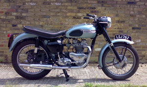 1960 Triumph T100T, 490 cc.