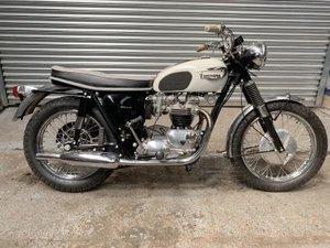 1966 Triumph T120R Bonneville