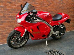 2000 Triumph Daytona 955i in Fantastic Condition For Sale