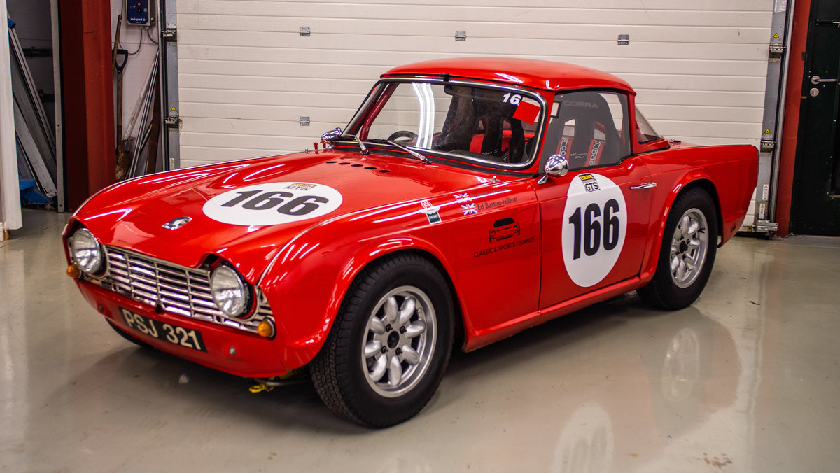 1962 TR4 FIA Race Car For Sale (picture 1 of 6)