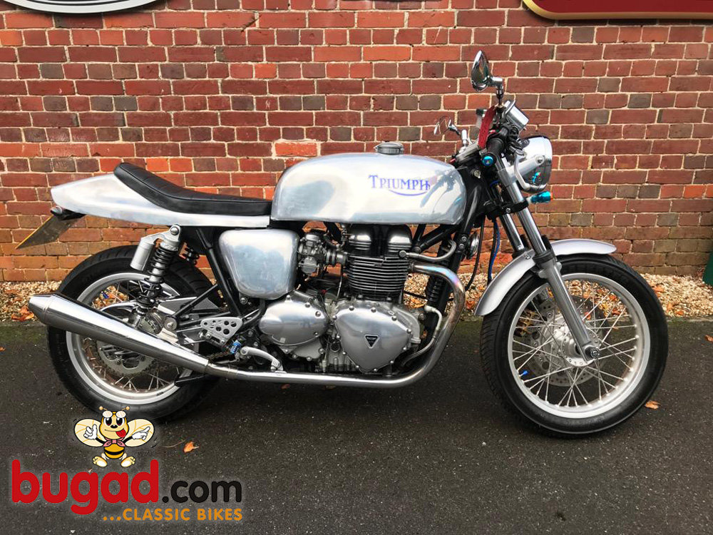 2005 Triumph Thruxton 865cc Cafe Racer Style, Lots of Extras For Sale (picture 1 of 6)