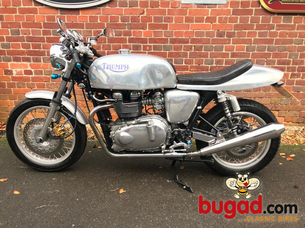 2005 Triumph Thruxton 865cc Cafe Racer Style, Lots of Extras For Sale (picture 2 of 6)