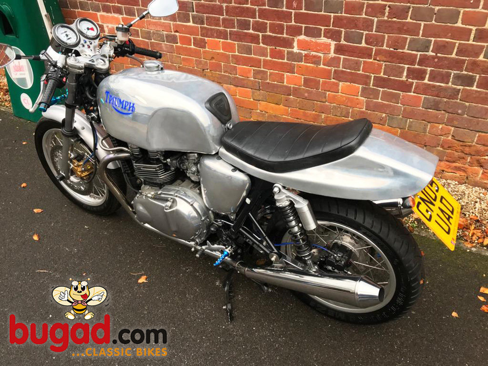 2005 Triumph Thruxton 865cc Cafe Racer Style, Lots of Extras For Sale (picture 5 of 6)