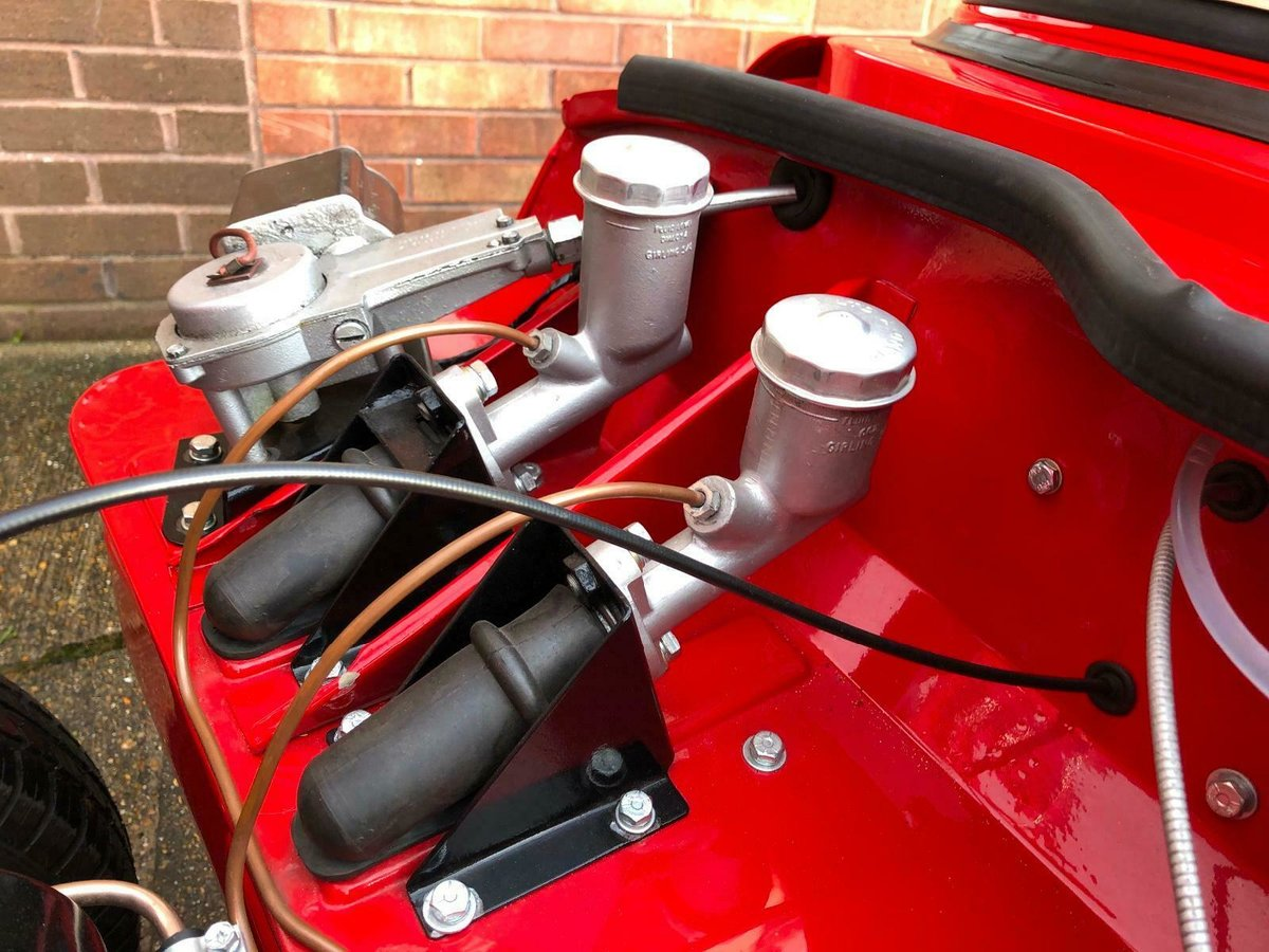 1966 Triumph Spitfire mk2 Full ground up resto SOLD (picture 2 of 6)
