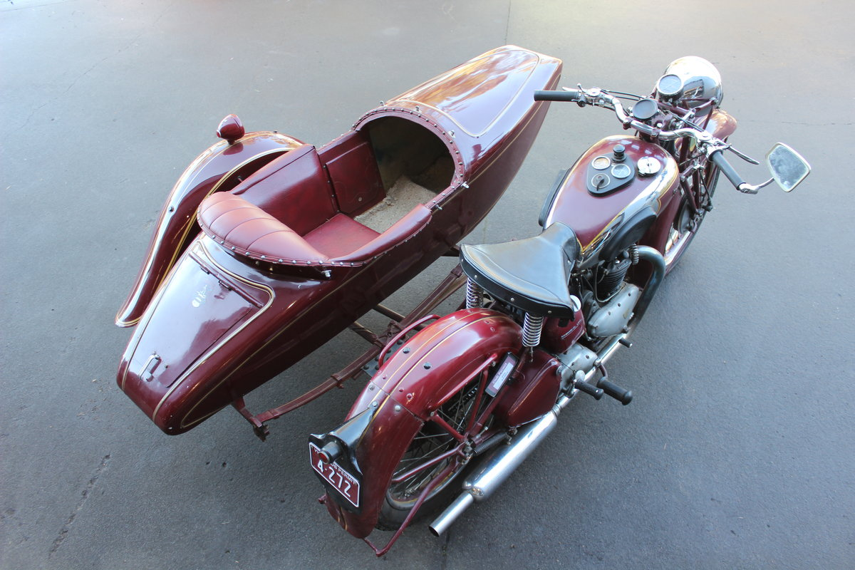 1939 TRIUMPH SPEED TWIN 5T WITH DUSTING SIDECAR For Sale by Auction (picture 3 of 3)