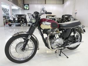 1967 Triumph Bonneville - Deep Red & White For Sale