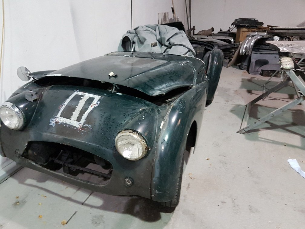 Triumph TR3  1957 disc brakes SOLD (picture 1 of 6)