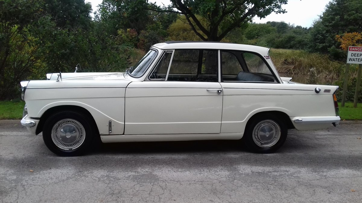 1964 TRIUMPH HERALD 12/50 SALOON ~ ORIGINAL & 1 FAMILY OWNED SOLD (picture 1 of 6)