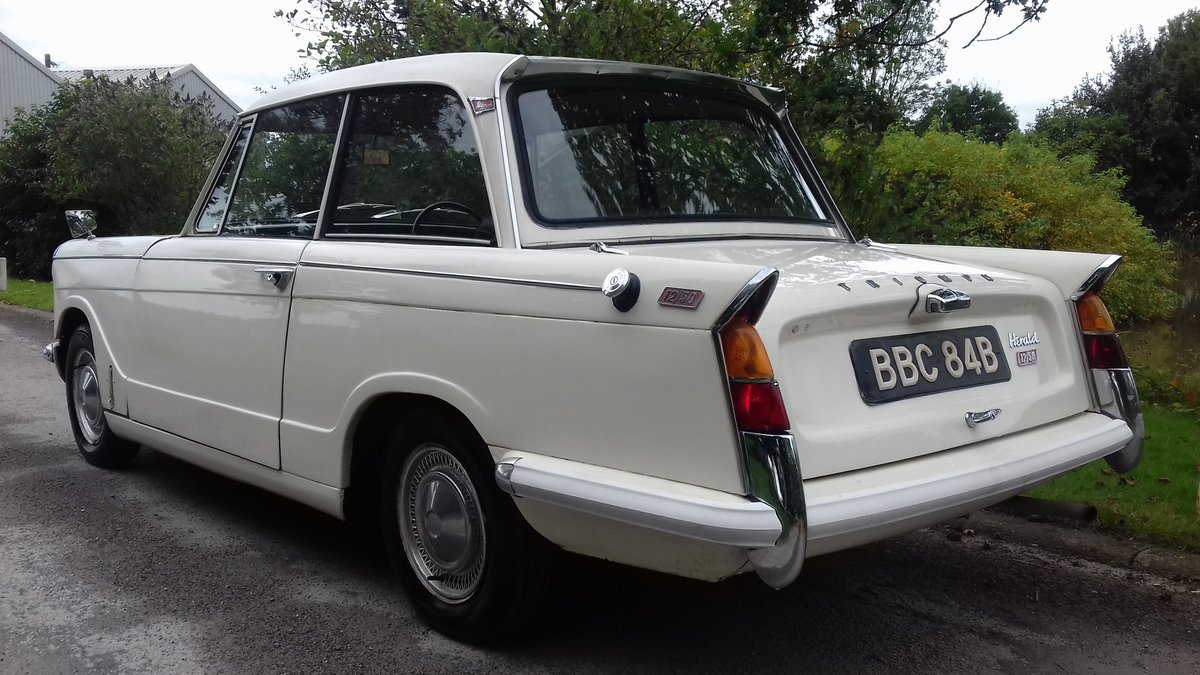 1964 TRIUMPH HERALD 12/50 SALOON ~ ORIGINAL & 1 FAMILY OWNED SOLD (picture 3 of 6)