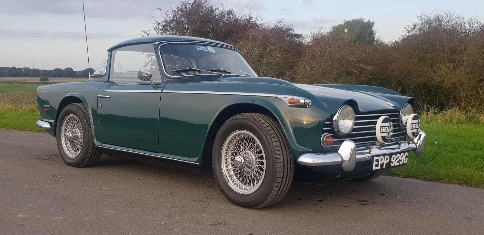 1968/G TRIUMPH TR5 PI WITH SURREY TOP MANUAL O/D GREEN For Sale (picture 1 of 6)