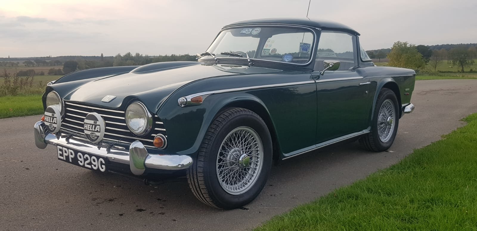 1968/G TRIUMPH TR5 PI WITH SURREY TOP MANUAL O/D GREEN For Sale (picture 2 of 6)