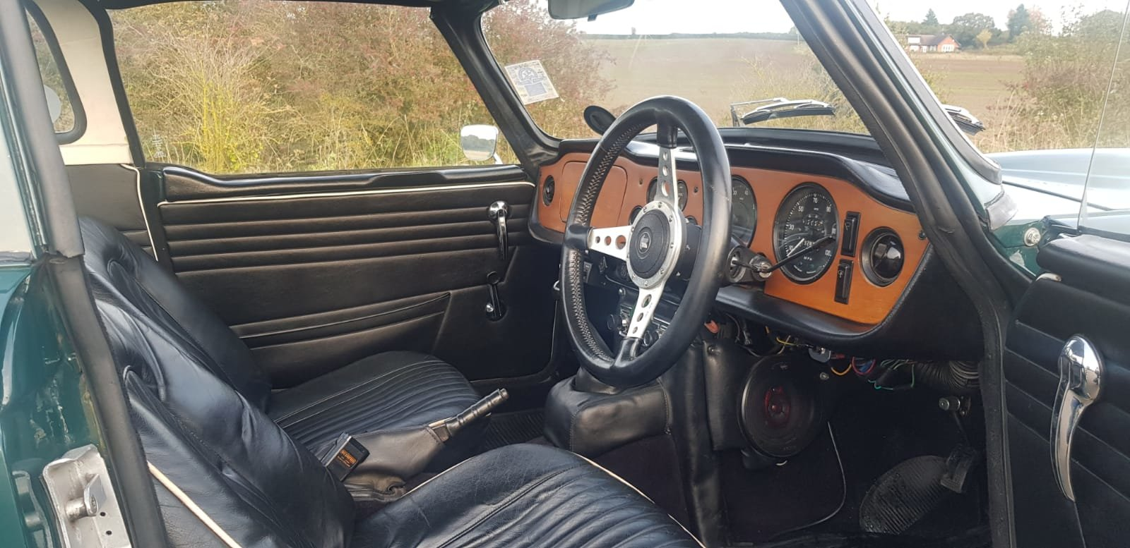 1968/G TRIUMPH TR5 PI WITH SURREY TOP MANUAL O/D GREEN For Sale (picture 4 of 6)