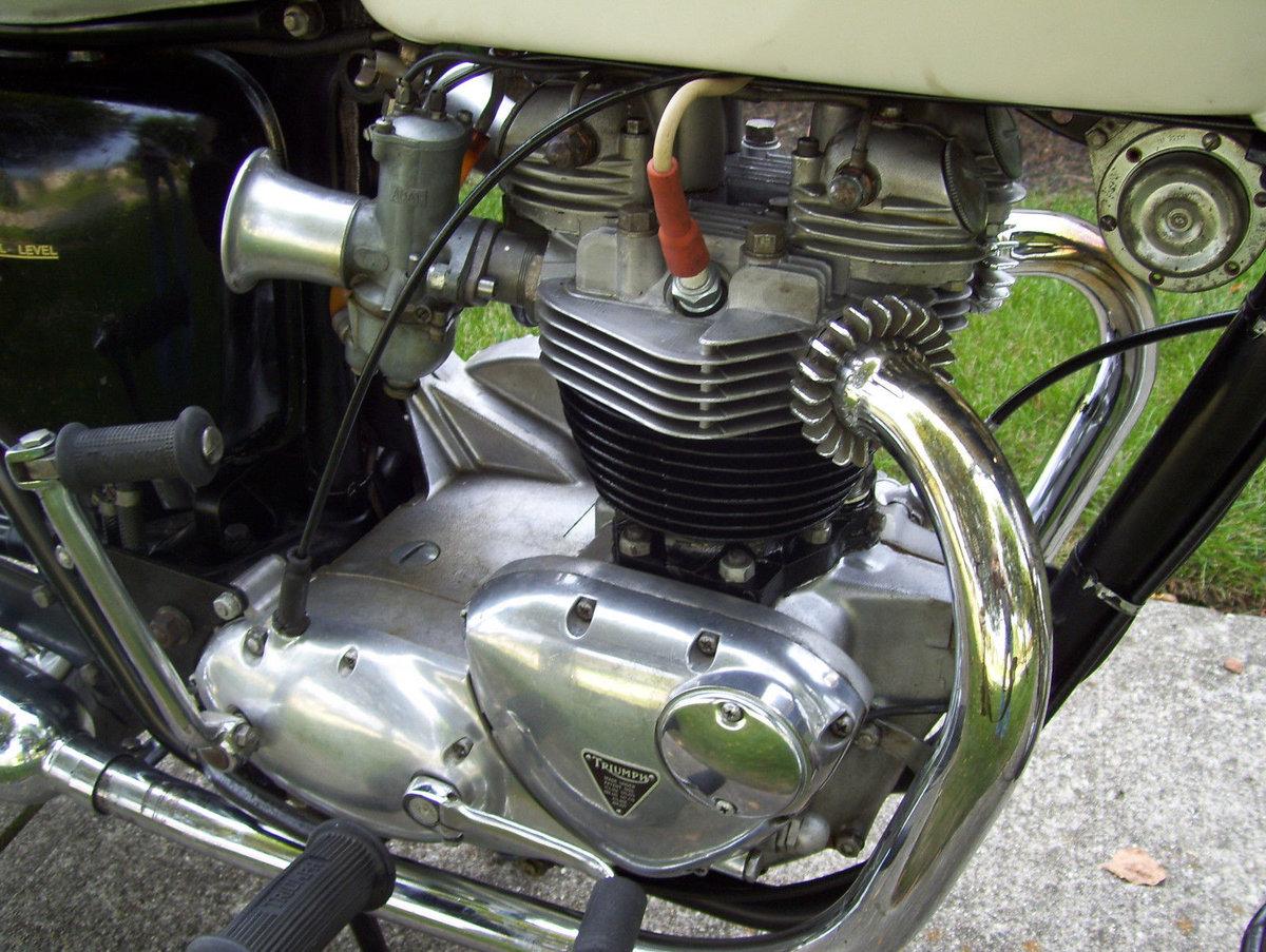Triumph Bonneville T120R (1 owner 1966-2015) For Sale (picture 3 of 6)