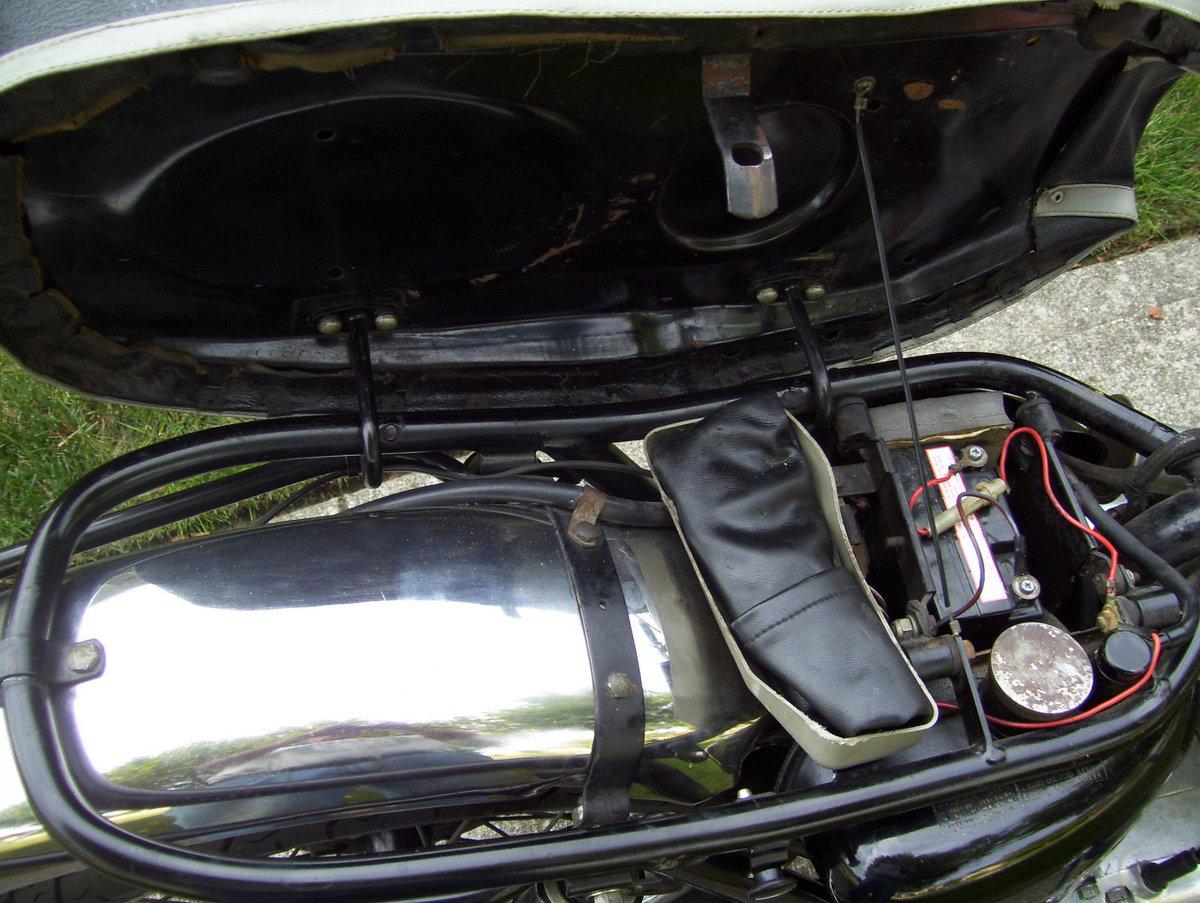 Triumph Bonneville T120R (1 owner 1966-2015) For Sale (picture 4 of 6)