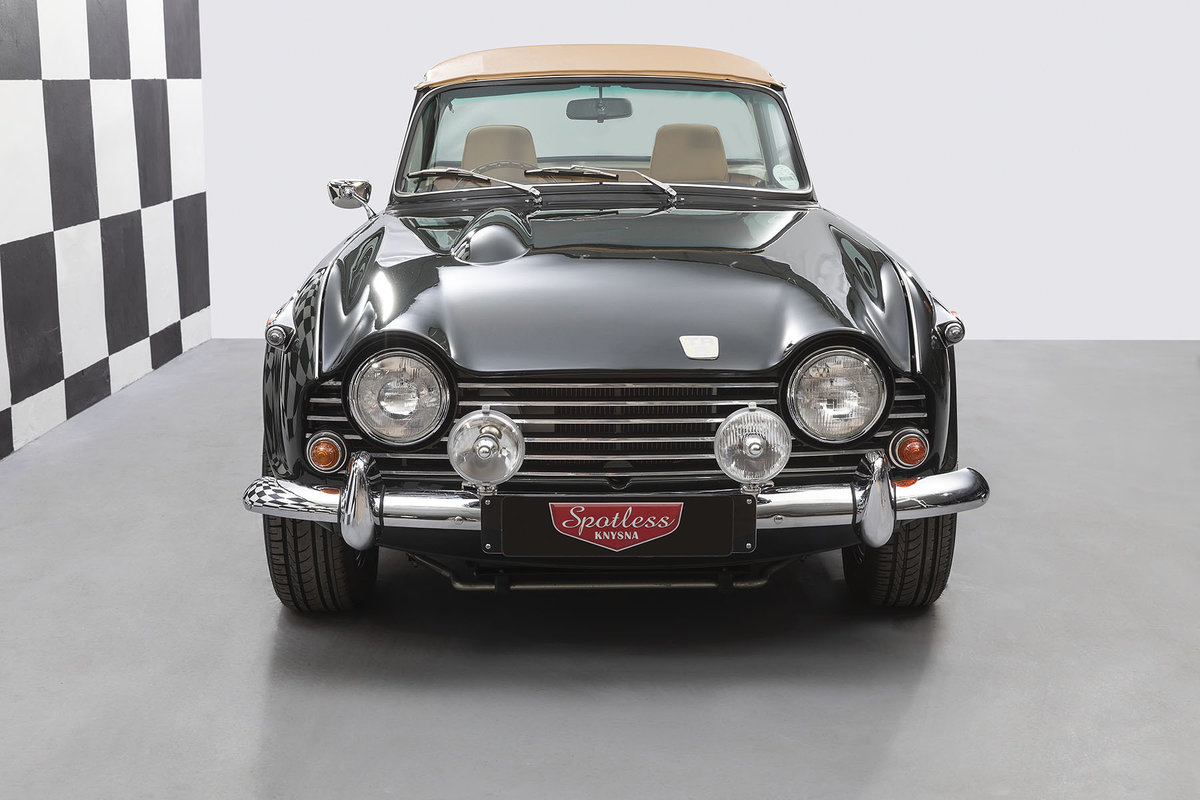 1968 Triumph TR5 **FULL RESTORATION** For Sale (picture 2 of 6)