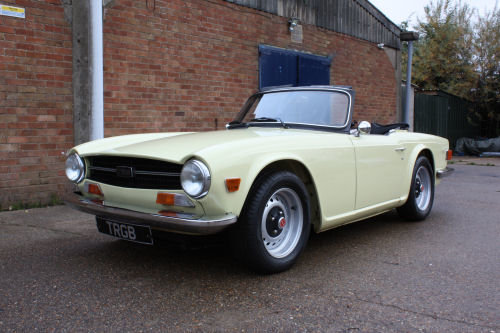 TR6 1972 BODY OFF RESTORED AT NEC BIRMINGHAM 8-10 NOVEMBER SOLD (picture 1 of 1)