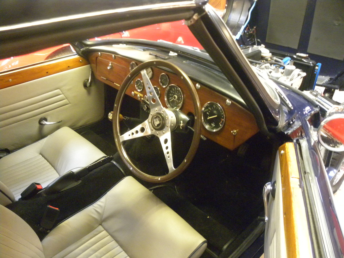1966 TRIUMPH SPITFIRE 2.GROUND UP RESTORATION For Sale (picture 5 of 6)