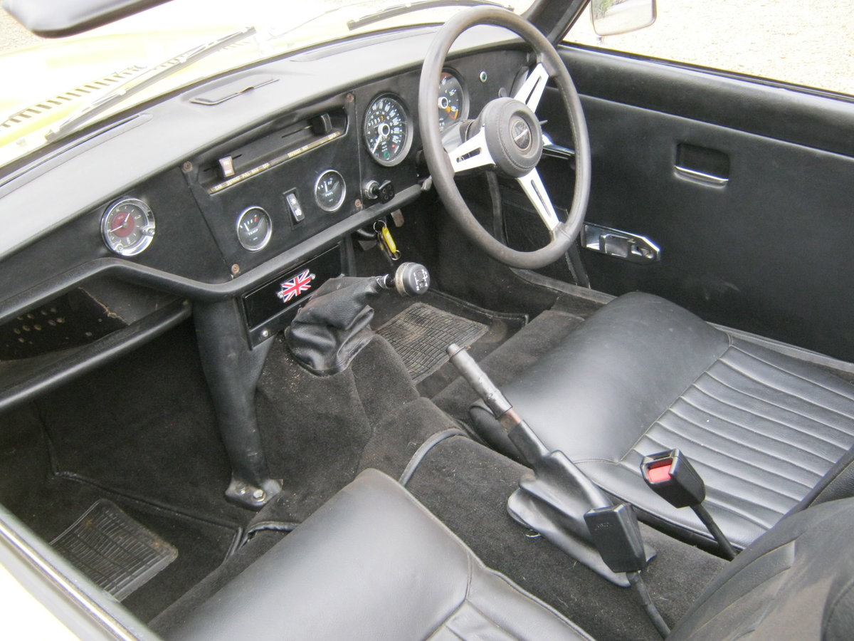 1973 TRIUMPH SPITFIRE MkIV 1296cc. O/DRIVE. YELLOW 42K MILES SOLD (picture 5 of 6)