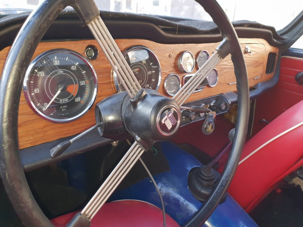 1967 Triumph TR4 with Hardtop For Sale (picture 6 of 6)