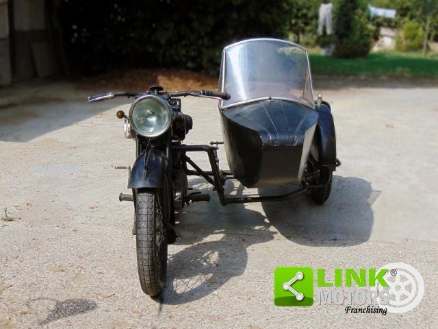 Triumph 500, anno 1935, perfettamente conservata, targa e d For Sale (picture 3 of 6)