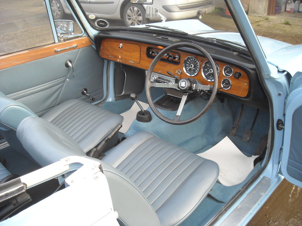 1970 TRIUMPH VITESSE MK2 2 LITRE CONVERTIBLE STUNNING CAR For Sale (picture 2 of 6)