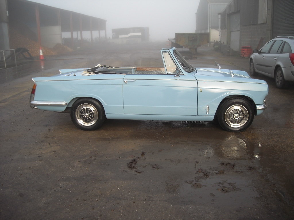1970 TRIUMPH VITESSE MK2 2 LITRE CONVERTIBLE STUNNING CAR For Sale (picture 3 of 6)