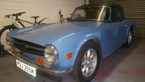 1973 Triumph tr6 in french blue and overdrive