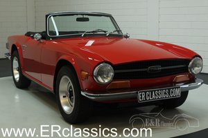 Triumph TR6 1970 new Signal Red paint