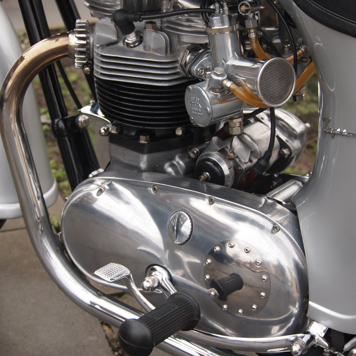 1961 Triumph Tiger T110 650/750 It Goes Like a Rocket. For Sale (picture 5 of 6)