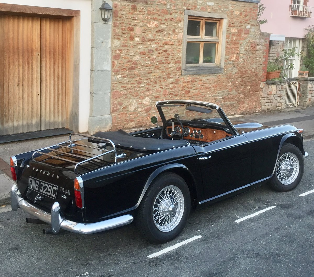 1965 Triumph TR4 irs  For Sale (picture 3 of 6)