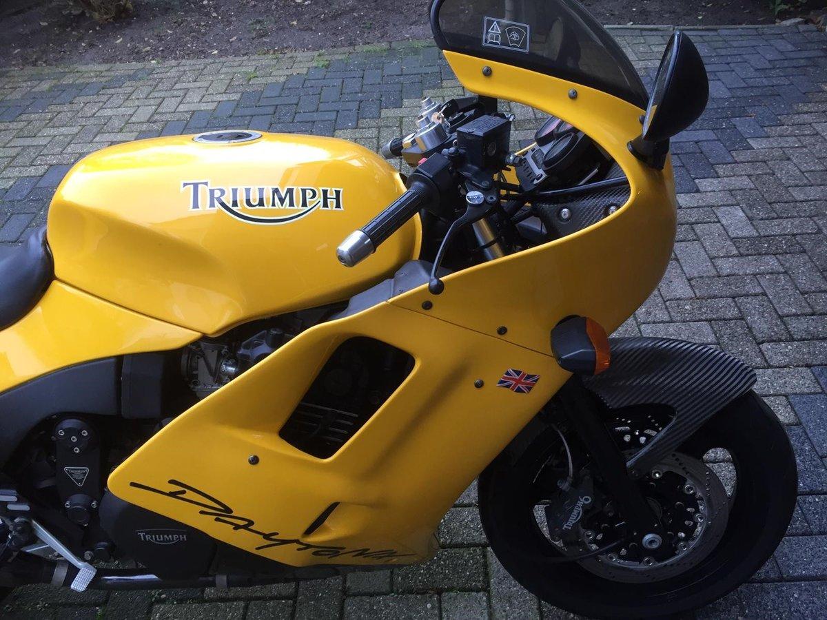 Triumph Daytona Super III 1994  For Sale (picture 1 of 6)