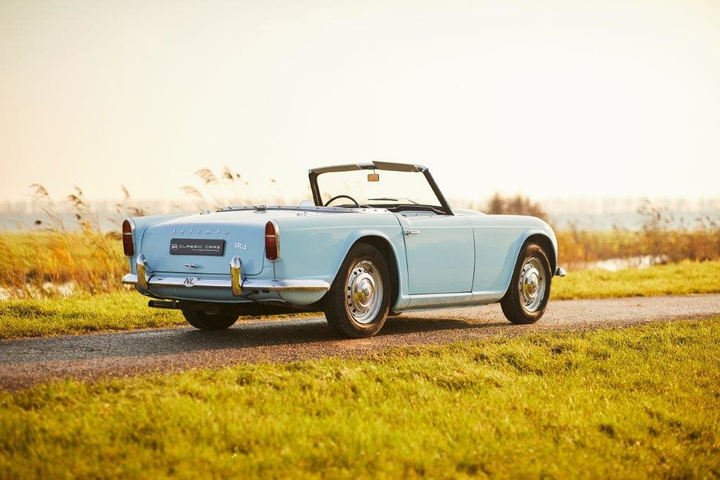 Triumph TR4 1962 For Sale (picture 2 of 6)