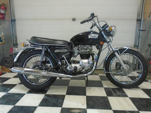 1976 Triumph Bonneville - Very low mileage