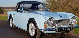 1962 TRIUMPH TR4 2.5 HEMI V8 MANUAL O/D