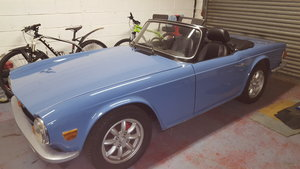 1973 Triumph TR6 1974 French Blue with Overdrive For Sale