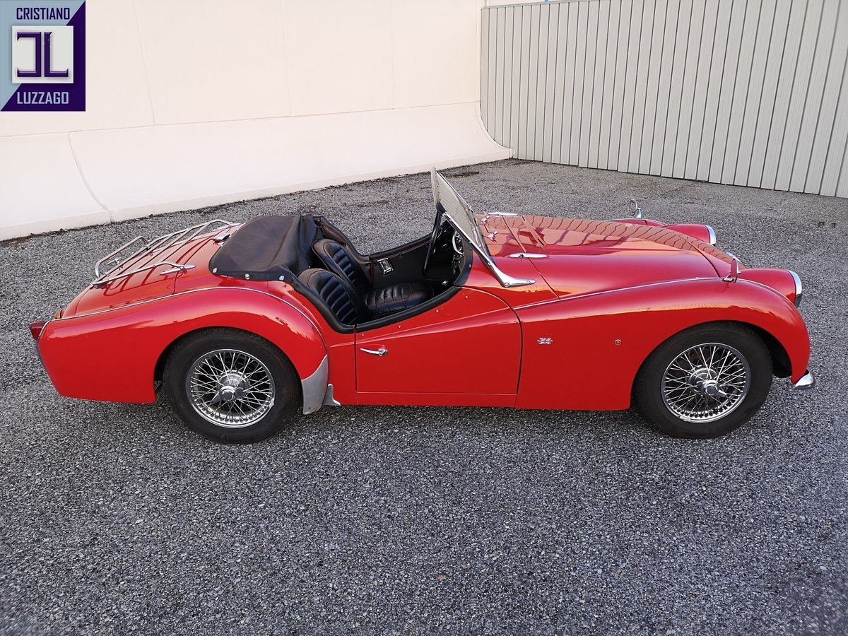 BEAUTIFUL  OLD RESTORATION 1960 TRIUMPH TR3A euro 36.800 For Sale (picture 4 of 6)