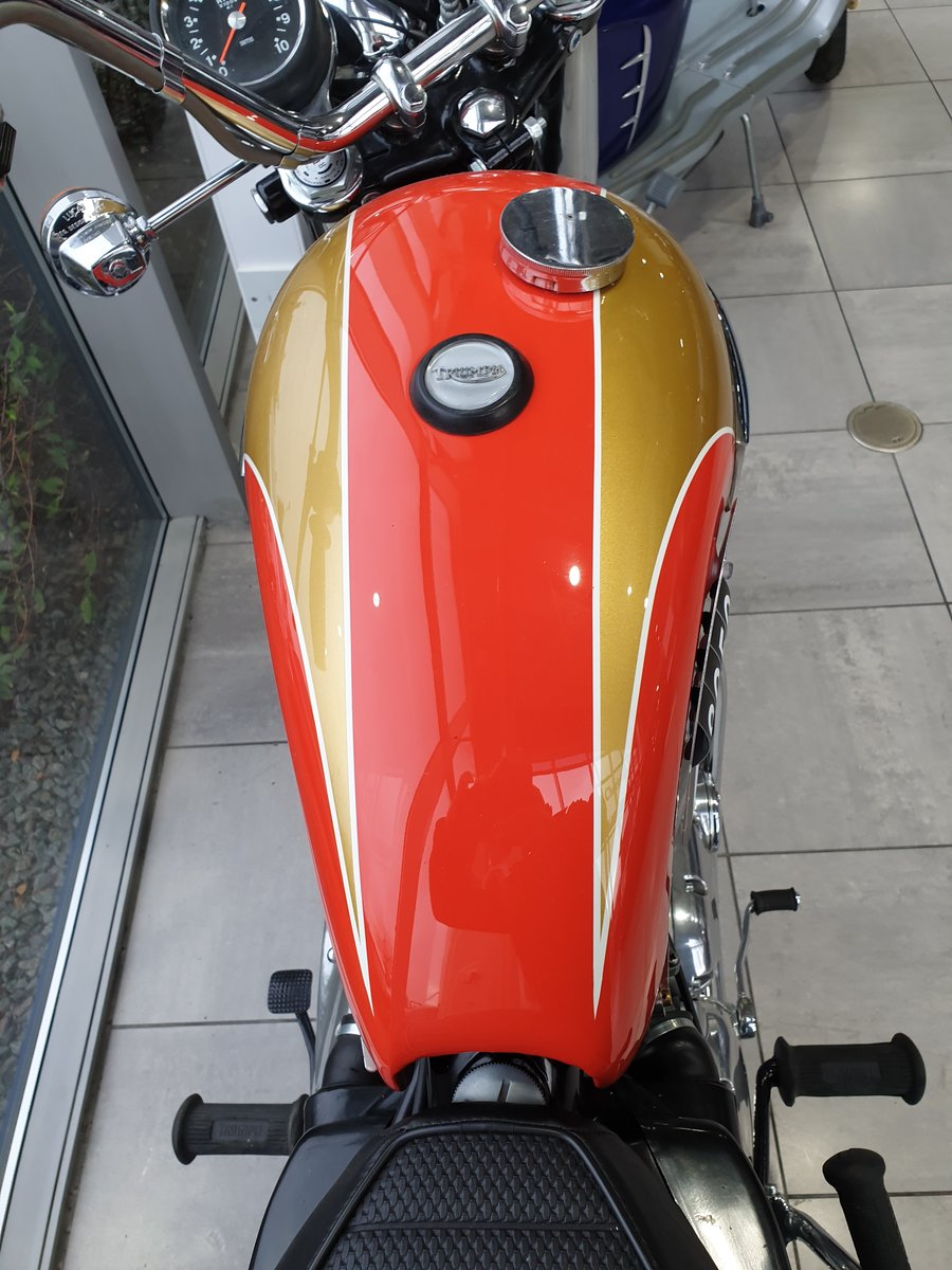 1973 Triumph T140V Bonneville Totally Restored For Sale (picture 3 of 6)