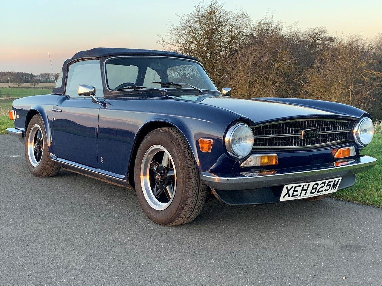 1973/M TRIUMPH TR6 CR MANUAL O/D SOLD (picture 1 of 6)