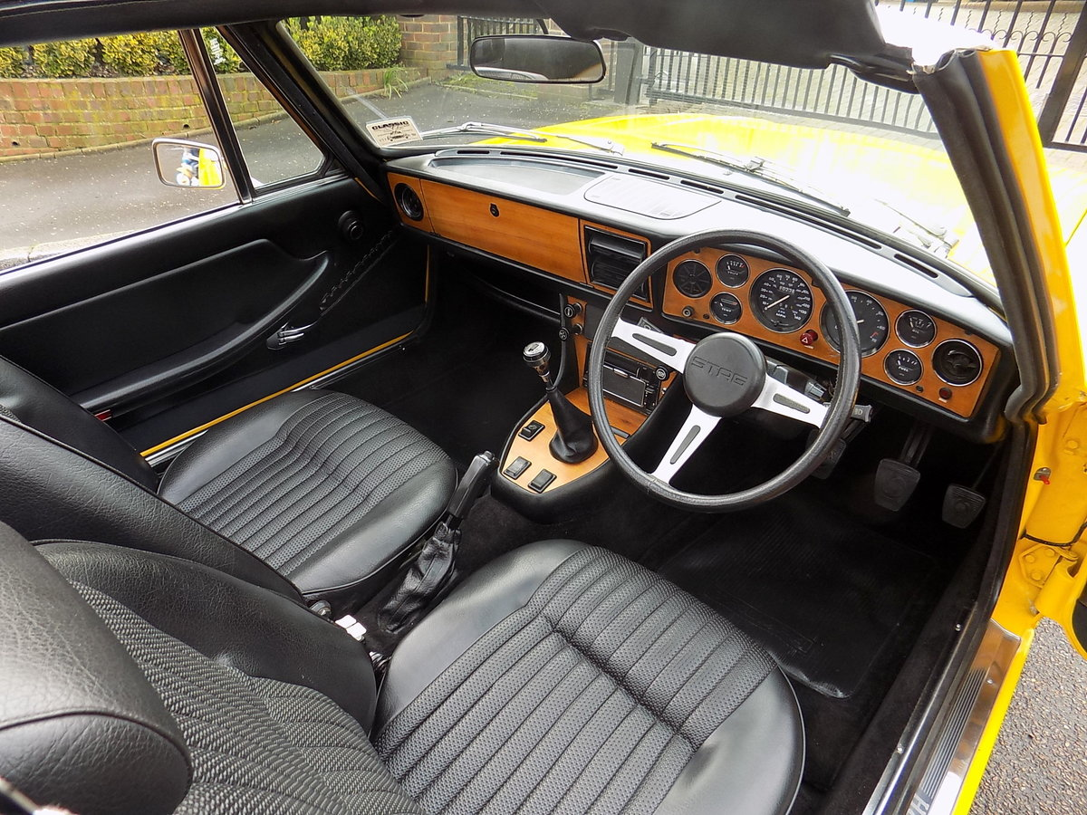 1976 TRIUMPH STAG MKII MANUAL WITH OVERDRIVE - RESTORED  SOLD (picture 3 of 6)