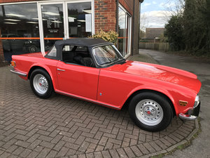 TRIUMPH TR6 Pi (2 owners & just 23,000 miles from new)