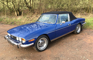 1975 Triumph Stag Mk2. Manual in Blue, Black Vinyl For Sale